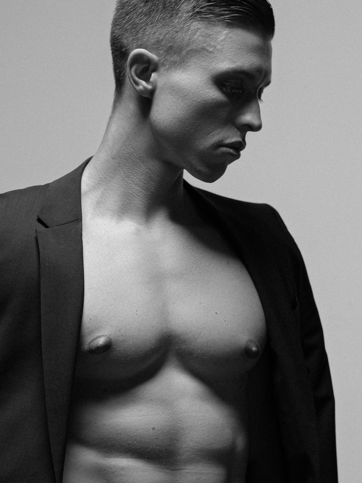Kurt Remling Fotograf Bodyshots Portraits Ivan Flaretalents (3)
