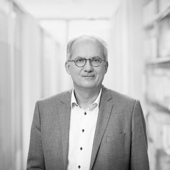 Kurt Remling Fotograf Wien Portrait Suppan Spiegl Zeller Rechtsanwalt (1)